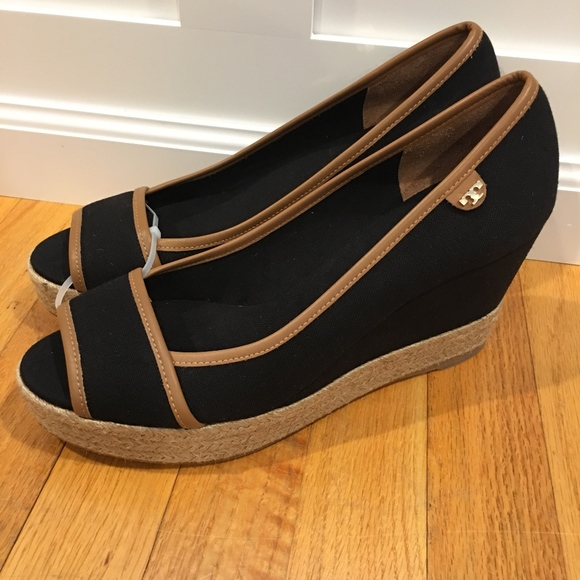 8749f6614fed4e Tory Burch Black Tan New Espadrilles Sandal NWT